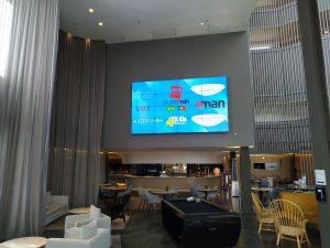 VIDEOWALL 4X4 LG Pullman São Paulo Guarulhos Airport BRASIL